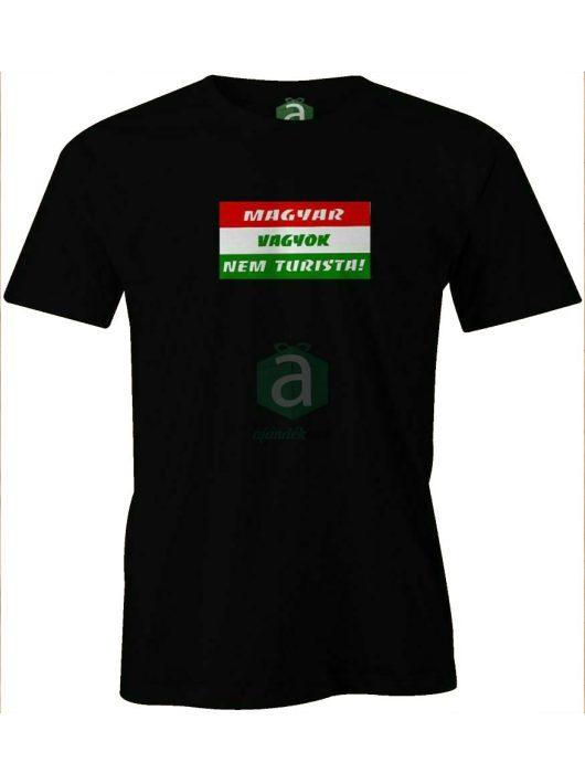 Magyar vagyok, nem turista! póló